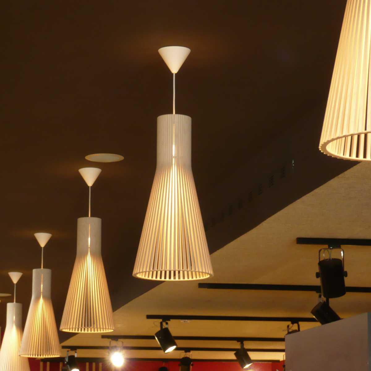 Se han cuidado todos los detalles de modo que el diseño y los materiales sean acordes con el estilo del local.